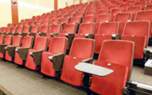 University of Queensland Lecture Theatre: Retractable Seating