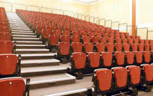 University of Queensland Main Hall: Retractable Seating